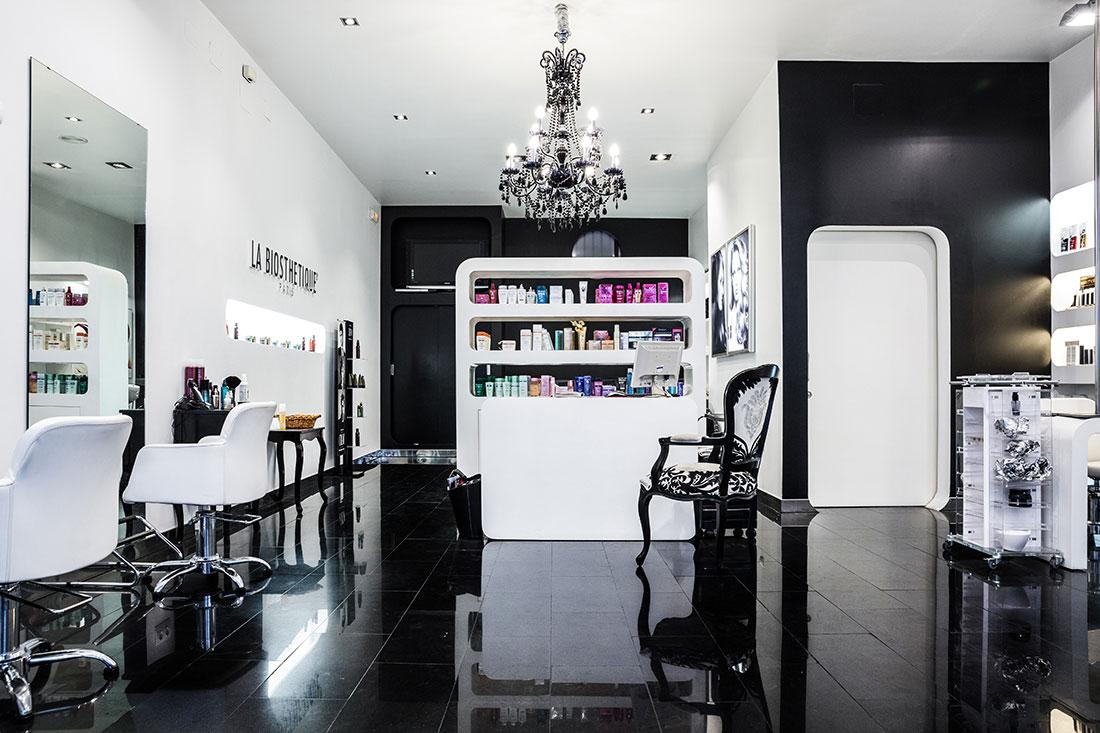 Javier mir n peluquero alta peluquer a en ciudad real for Disenos de espejos para peluqueria